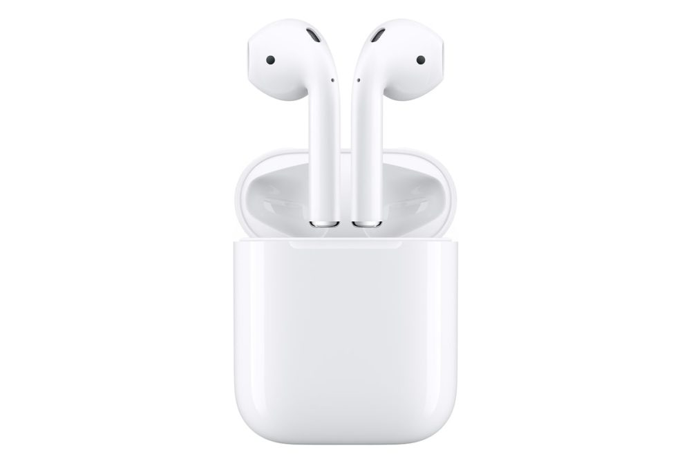 Apple AirPods (Wireless Charging Case)